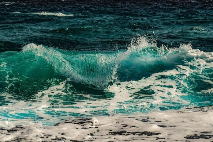surf-3450584_960_720